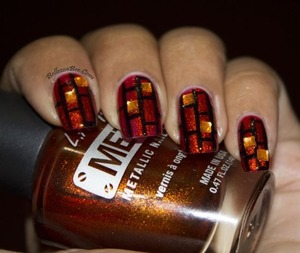 http://www.bellezzabee.com/2013/04/nail-challenge-day-10-geometric-squares.html