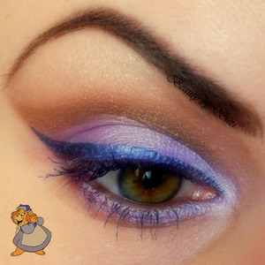 Inspired by Grammi gummi bear. Used products: Essence Eyebrow Designer, 02 Brown Essence I Love Stage Eyeshadow Base S-he Stylezone Twin Kajal, violet Paris Memories Eye Shadow Palette #25, violet Paris Memories Eye Shadow Palette #21, bronze - brown Cosmetica Fanatica 3 in 1, bronze Essence LE @holographics.com, 01 Blue Ray GOSH Magic Duo Mascara, Deep Peaceful Purple