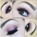 Soft neutral pink eyeshadow