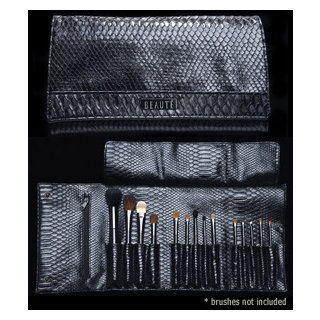 Beaute Cosmetics The Luxury Brush Clutch