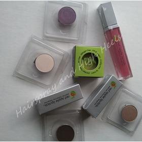 Makeup Reviews & Swatches