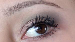 Gold & Green Makeup Look