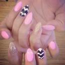 Chevron gold nails ✨