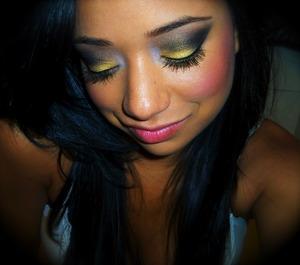 black n yellow