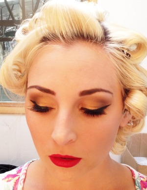Behind the scenes from Pinup photo shoot Golden, yellow hues. www.rockmymakeup.net