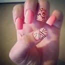 neon color nails