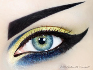 Make-up (3)