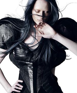 Model: Alli w/ Photogenics Media Make-up by Roshar Hair by Nikki Providence Styling by Briana Gonzales Photo by Renata Raksha