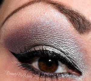 Purple, gray, and silver smokey eye using the glinda palette by UD