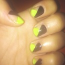 Graphic Neon Nails