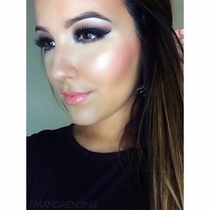 I've always got my glow on ;) subscribe to my YouTube for tutorials!