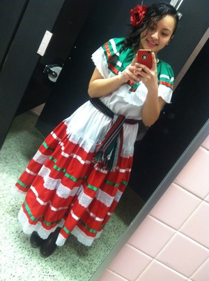 Had to wear this for my Mexican traditional dance (: