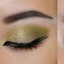 Soft Golden-Green Sparkle