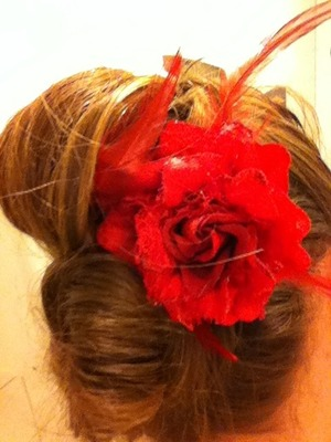 Super easy and cute for events or just wanting to look good