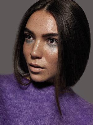 Photography : Fabiana Delcanton Model : Yasmine @ Profile Models  Retouching : Stefka Pavlova Makeup : Tabby Casto  Hair : Roger Cho
