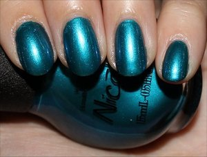 See more swatches & my review here: http://www.swatchandlearn.com/nicole-by-opi-deck-the-dolls-swatches-review