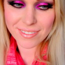 Sparkly pink smoky eye