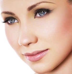 This is a very nice natural look that will suit anyone!