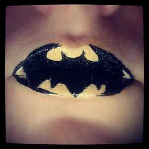 batman :$