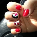 queen if hearts nails with rose and playing card