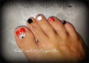 Liudmila zs mydesigns4you photos beautylish halloween toenail art prinsesfo Image collections