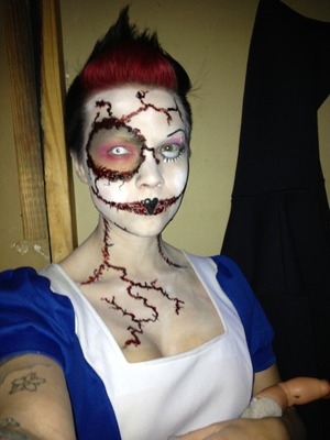 Halloween haunted house makeup