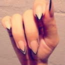 Nude nails with black tip outline
