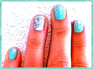 Mint w/ big silver sparkles faded tip and accent nail