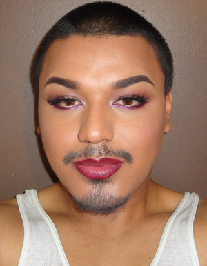 """Bottom Lash Line Glitter : Violet Voss Glitters Inner Half: """"LILY""""  Outer Half: """"PENELOPE"""""""