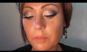 Cheers! Champagne Bottle Inspired Eyes