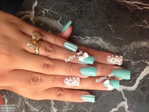 Cute nails with bow and pearls