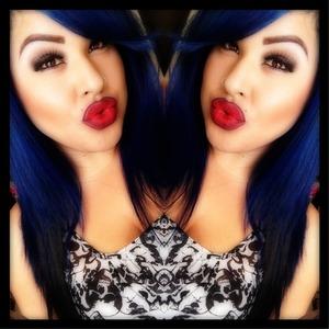 #maccosmetics #rubywoo #maclipstick #red #ombre #myfav #bluehair #neutraleyeshadow