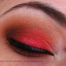Red Subtle Red Smoky Eye