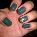 Evergreen Color With Gradient Glitter