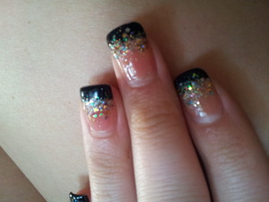pink under colour, black tip, mix glitter colours over tips = pretty acrylics.