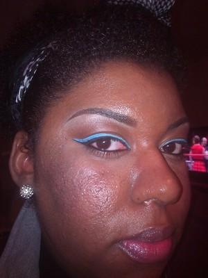 Neutral Eye/Blue Liner