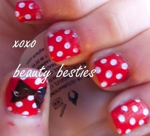 Minnie Mouse inspired nail art