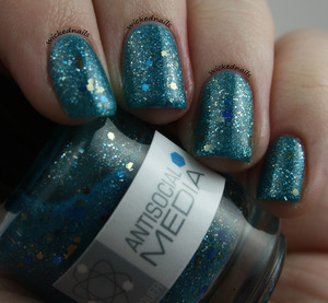 Antisocial Media from NerdLacquer.com