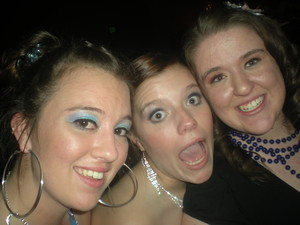 Prom, the only time that blue of eye-shadow is ok.