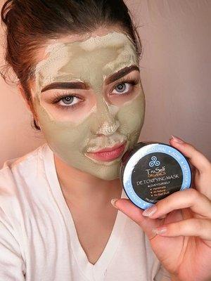 very nice detoxifying mask