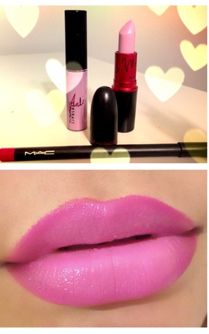 My favorite pinky- lavender lip color of the moment. It's Viva Glam Nicki 2 with Nicki 2 lipglass. I used Magenta lipliner to make it have a more pink/ purplish look 