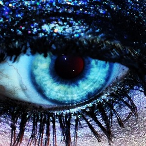 Black eyeshadow with glitter over it.