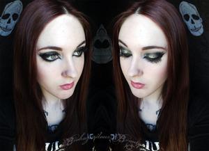 Not listed: Medusas Makeup glitter in Abracadabra