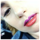 Airbrush Foundation and 2 toned lips