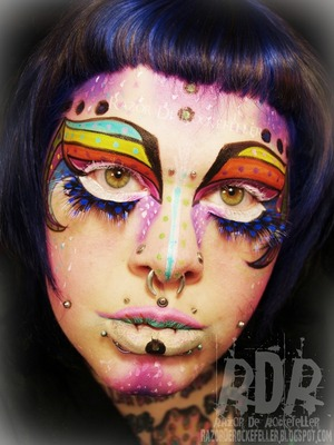 I Want to Believe - Alien inspired makeup for Dreadfully Divine's Alien inspired makeup contest!  I am a judge again and if you want to do some out-of-this-world makeup, check it out!  There are some awesome prizes and a beginner, intermediate, and advanced category!   Check it out here: http://www.facebook.com/media/set/?set=a.483501641703783.1073741837.431782806875667&type=1  And check out my blog here: http://razorderockefeller.blogspot.com/2013/04/i-want-to-believe-alien-makeup.html