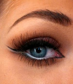 An eye look inspired by a fellow MAC artist!