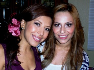 My cousin Nelly & my friend Laura