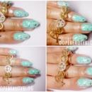 Turqoise nail art