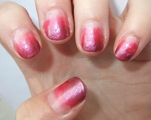 Week 3- Gradient Nails!  http://gretalrabbit.blogspot.com/2011/10/challenge-week-3-gradient-nails.html