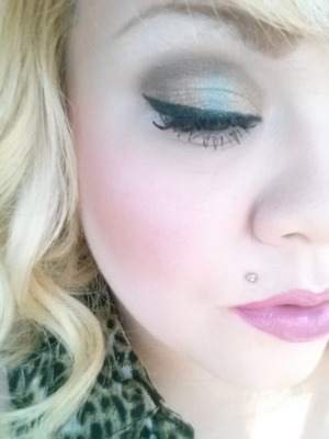 This was my look for today...used wetnwild lippy mauve outta here and Revlon primerose
